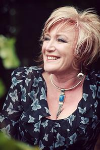 Portrait photo of Barbara Dymock